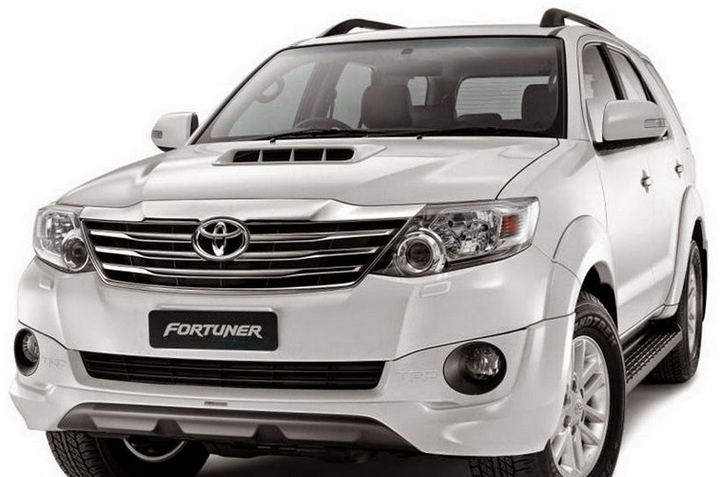 cho-thue-xe-o-to-toyota-fortuner-7-cho_du-lich-viet